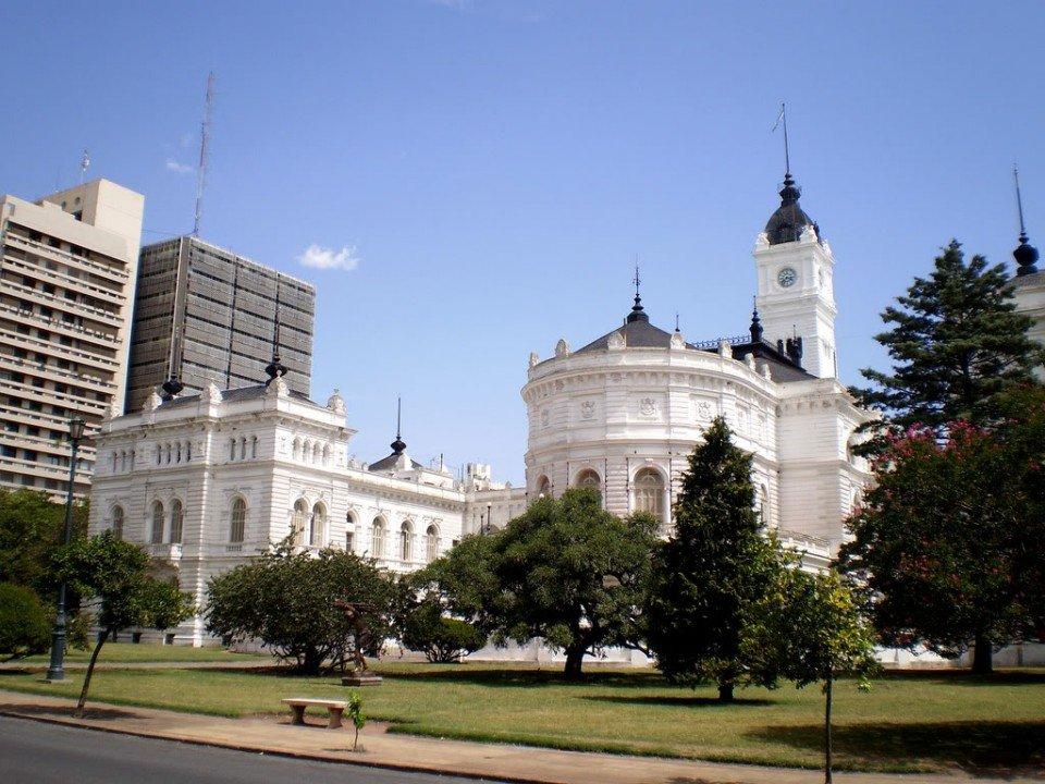 La Plata: ¿Cómo funcionarán los servicios durante el fin de semana largo?